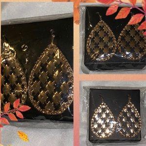 Dangle Earrings in package